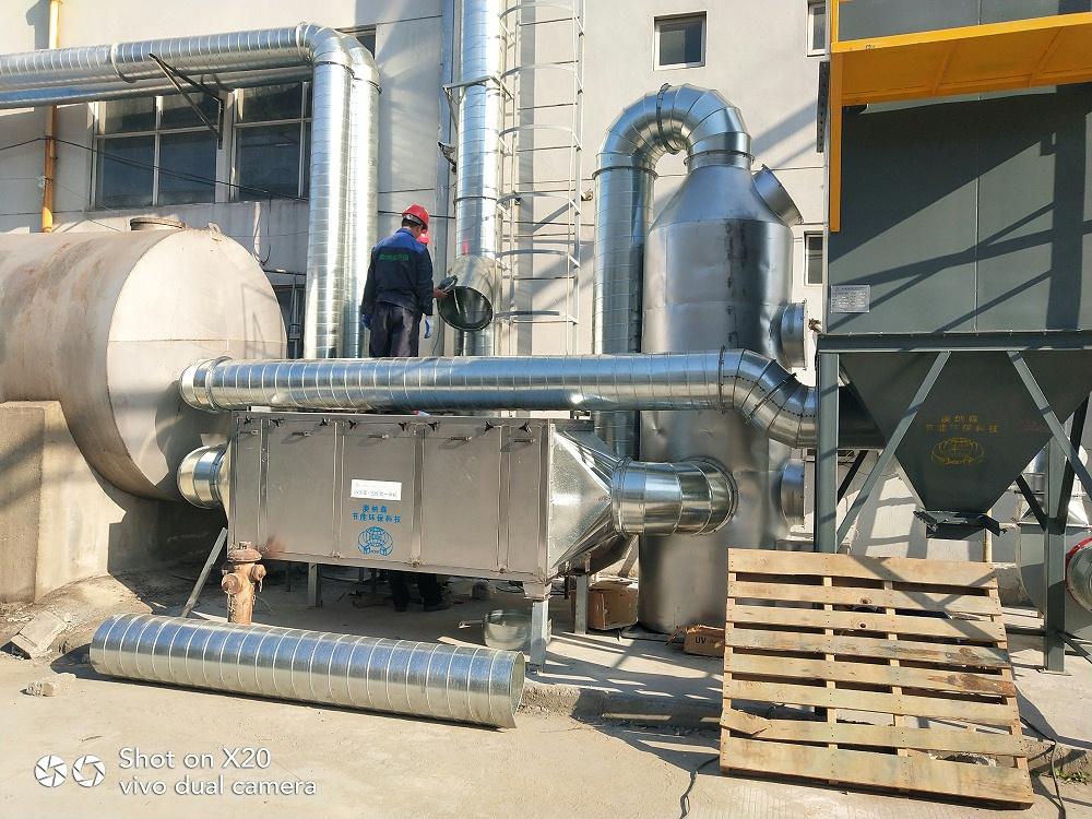 环保设备活性炭吸附塔多少钱一套